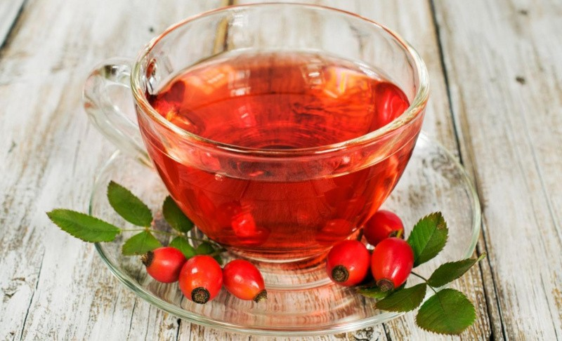 Чай из шиповника – ценный витаминный напиток