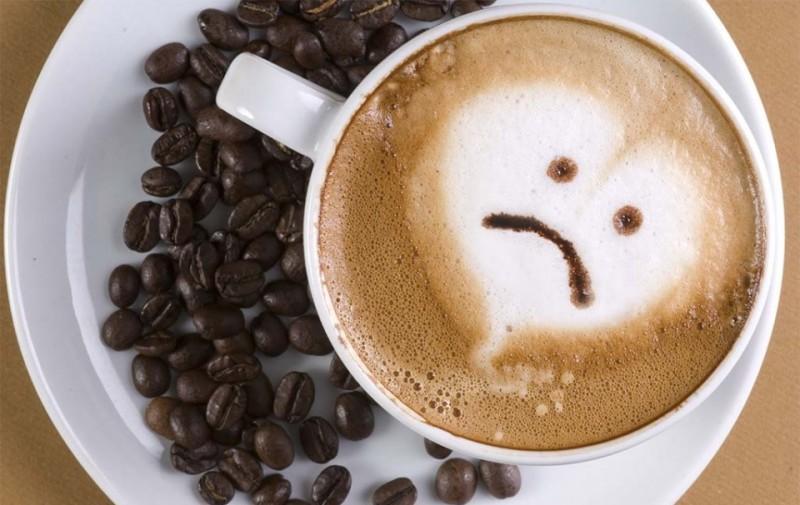 Узнайте, почему вредно пить кофе